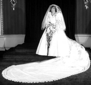 princess diana wedding gown most iconic wedding gowns