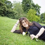 """London's Dating """"It"""" Girl on Dream Dates, Online Dating and Disappearing Men"""