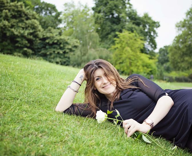 dubai mature dating site Singlesclubdubaicom is the ultimate source for meeting new singles and dating in dubai and the uae the website provides dating and matchmaking services for single people in dubai.