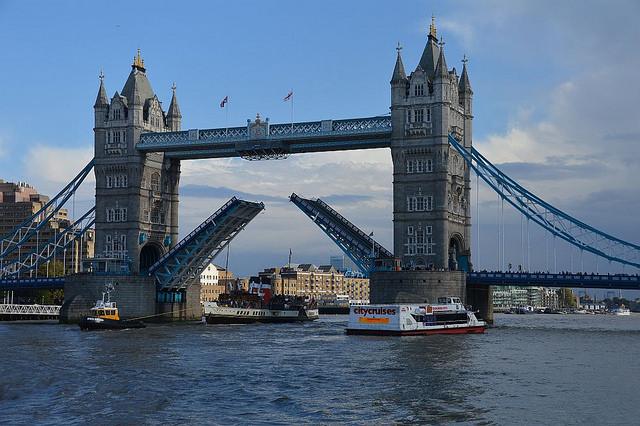 River Boat_London
