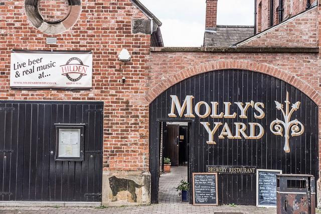 Mollys yard_Belfast