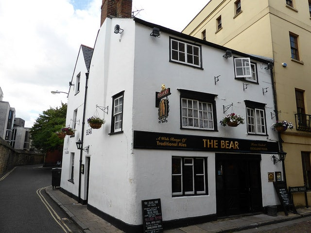 The Bear Pub - Oxford