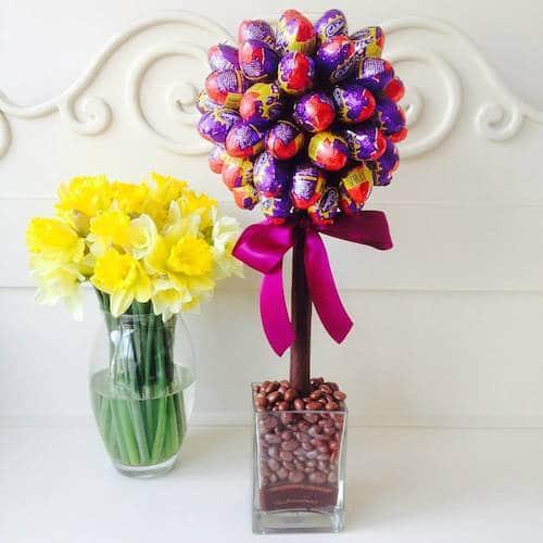 original_cadbury-s-creme-mini-egg-tree