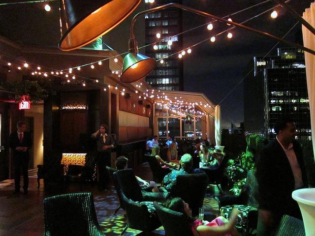 Upstairs Rooftop Bar_Manhattan